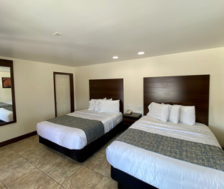 2 Queen Pillow-top beds